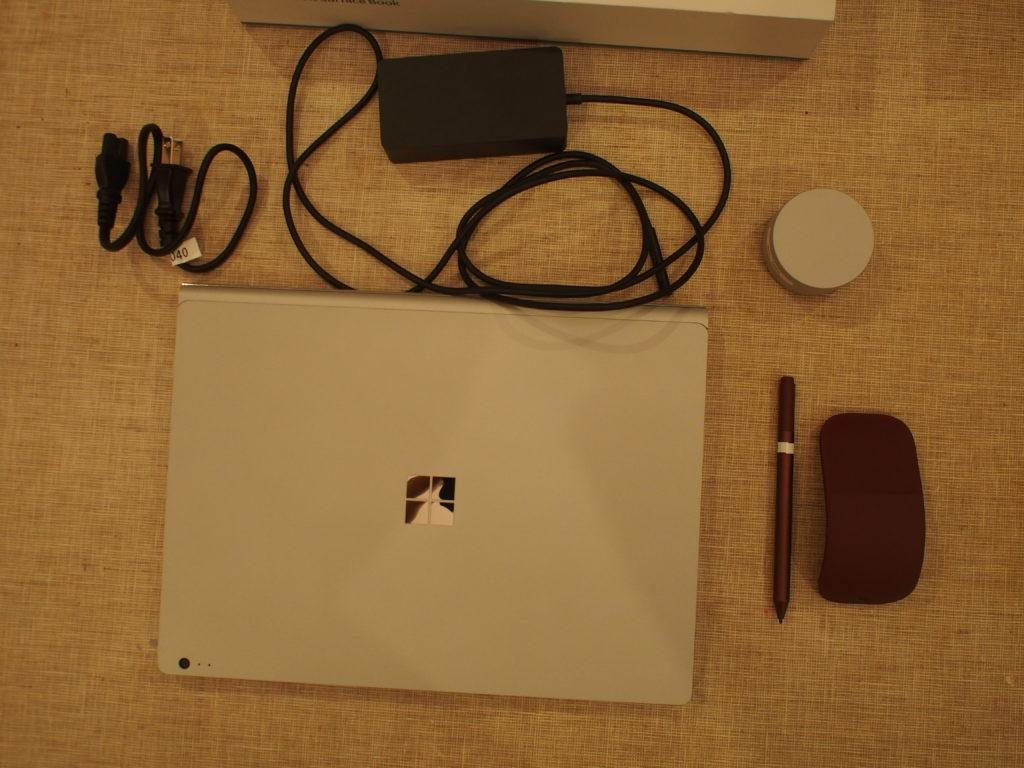 Surface Book 2 本体及び添付品およびオプション