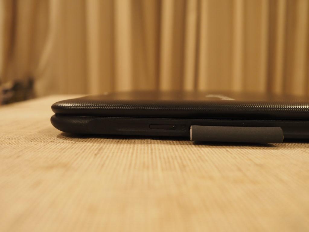 本体右側(SIMカードスロット):MousePro P116B