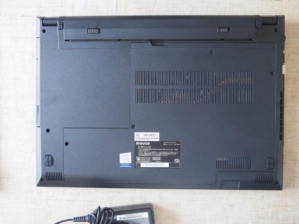 本体裏面:「mouse F5-i5 (インテル Core i5-8265U 搭載)」コラボモデル