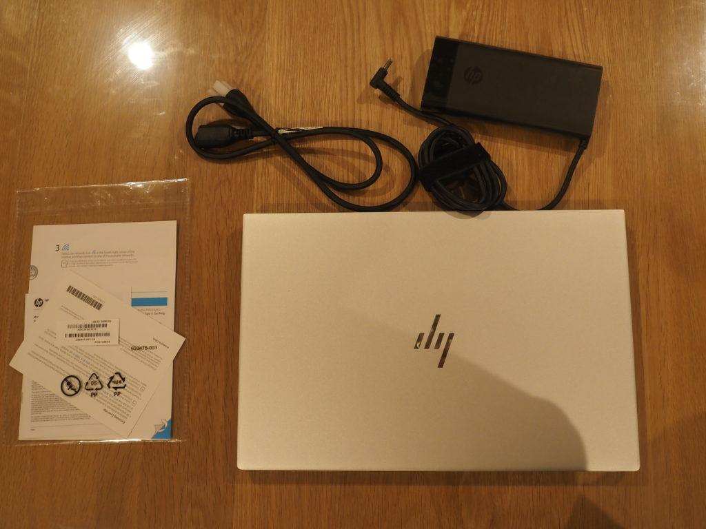 本体外観および添付品:日本HP ENVY 15-ep0003TX クリエイターモデル