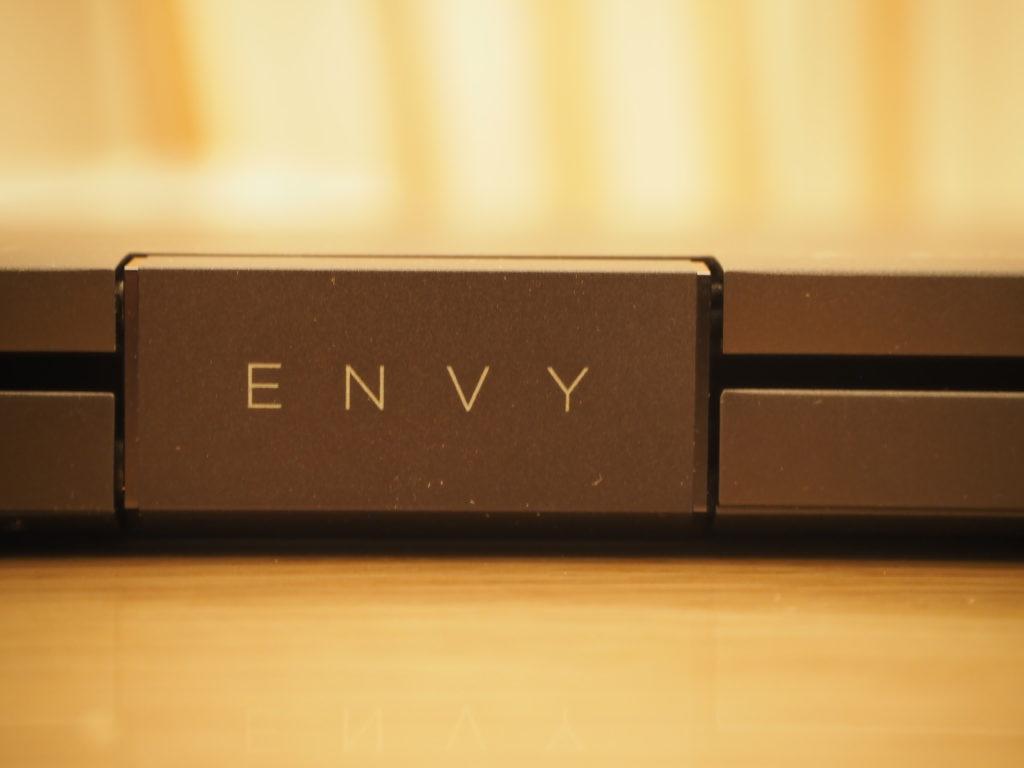 本体背面:ENVY x360 Laptop - 15-ee0020AU