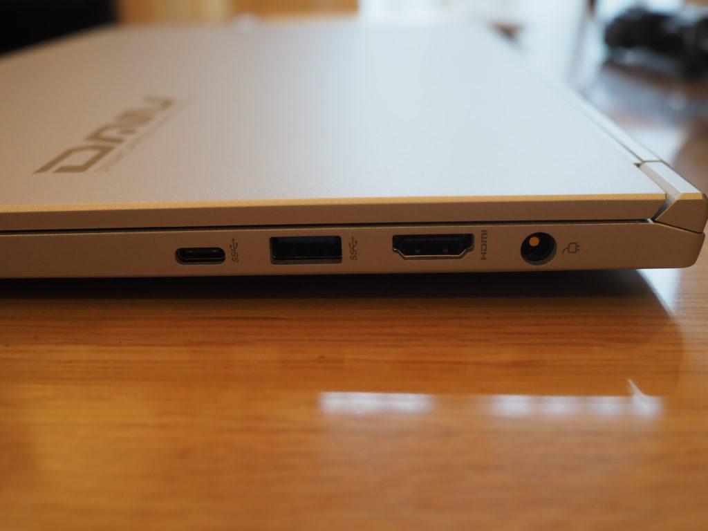 本体右側:DAIV 5P(2020年モデル)