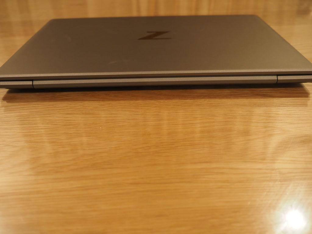 本体背面:ZBook Firefly 14 G7 Mobile Workstation