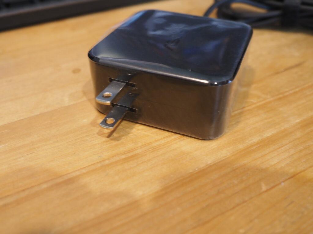 ACアダプター:VivoBook S15 S533EA