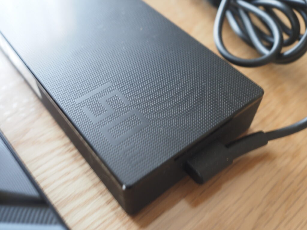 ACアダプター:FX506LI-I78G1650TIS
