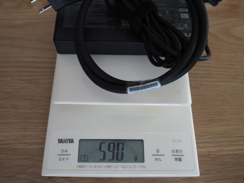 ACアダプターと電源ケーブル:ROG Zephyrus G15 GA503QS GA503QS-R9R3080G