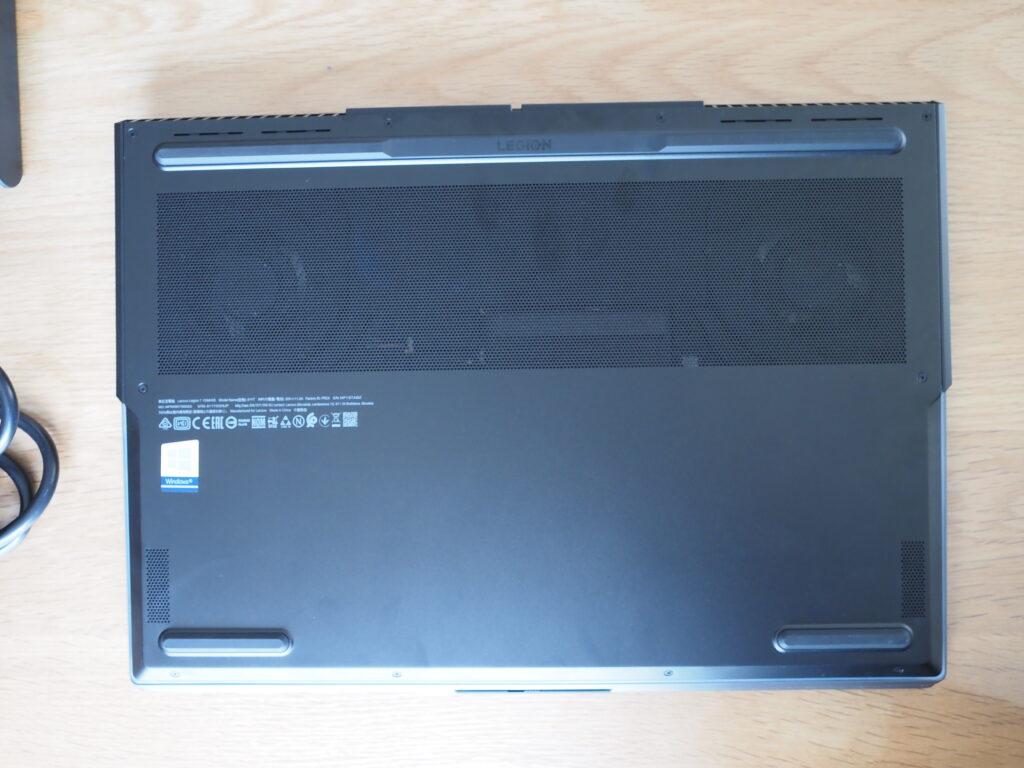 本体裏面:Lenovo Legion 750i(81YT0025JP)